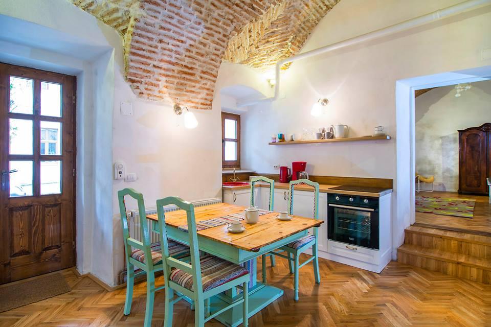 adelaparvu.com despre apartamente la Cluj, The Garden Apartment, designer Dacian Morar (2)