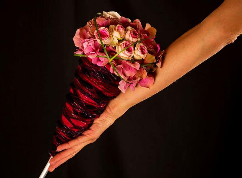 adelaparvu.com despre aranjamente florale si buchete de mireasa, florist Lucinda van der Ploeg, Foto Nikotino Fotografie  (9)