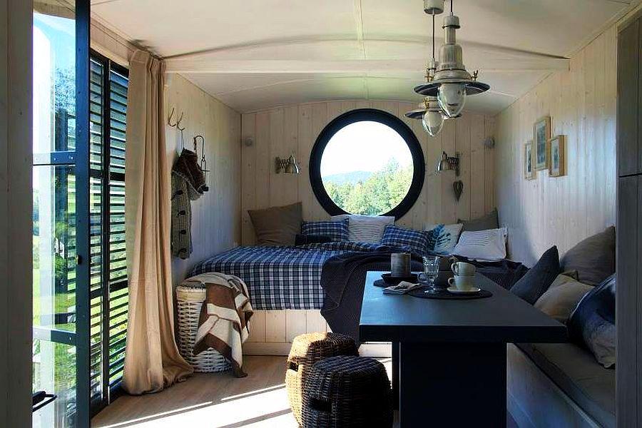 Casa Mobila Din Lemn.Casă Pe Roți Numai Bună Pentru Vacanțe Sau Ca Locuință Provizorie