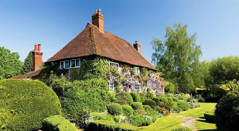 adelaparvu.com despre casa englezeasca, cottage cu decor rustic francez, Foto Johnny Bouchier, Redcover (1)