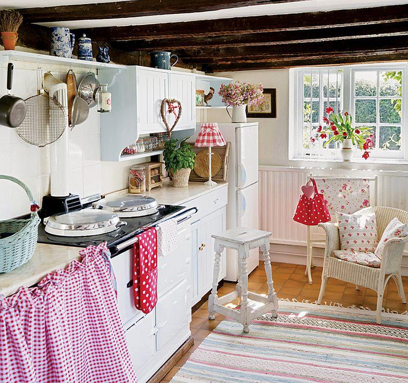adelaparvu.com despre casa englezeasca, cottage cu decor rustic francez, Foto Johnny Bouchier, Redcover (12)