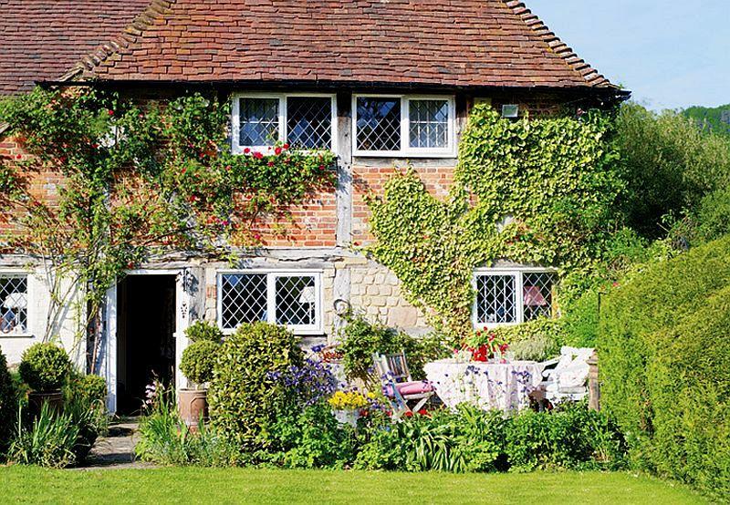 adelaparvu.com despre casa englezeasca, cottage cu decor rustic francez, Foto Johnny Bouchier, Redcover (3)