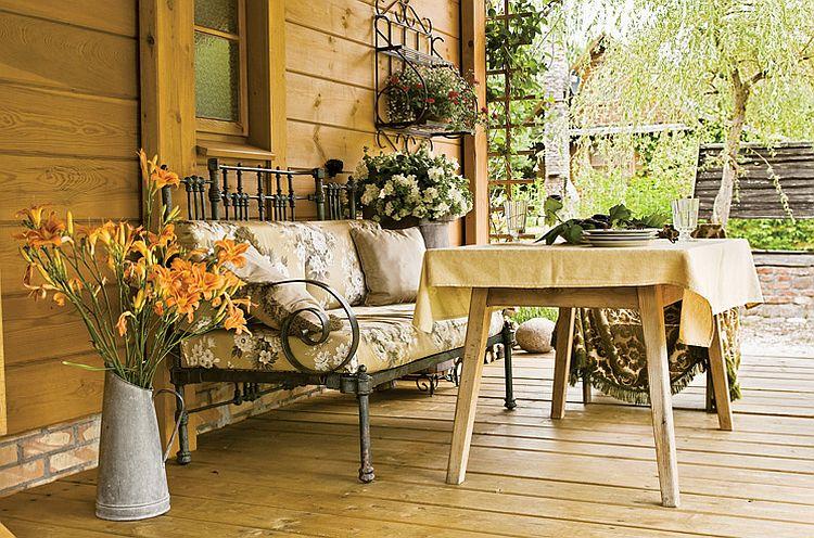 adelaparvu.com despre casa la tara transformata in pensiune, casa rustica Polonia, Foto Rafal Lipski Weranda Country (5)