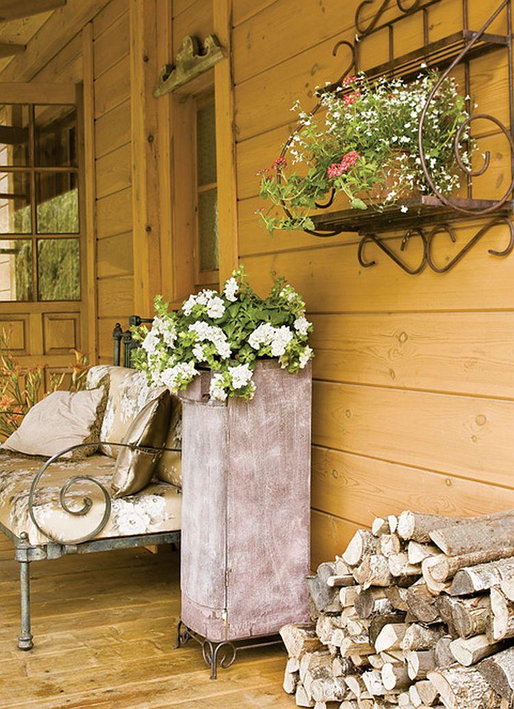adelaparvu.com despre casa la tara transformata in pensiune, casa rustica Polonia, Foto Rafal Lipski Weranda Country (6)
