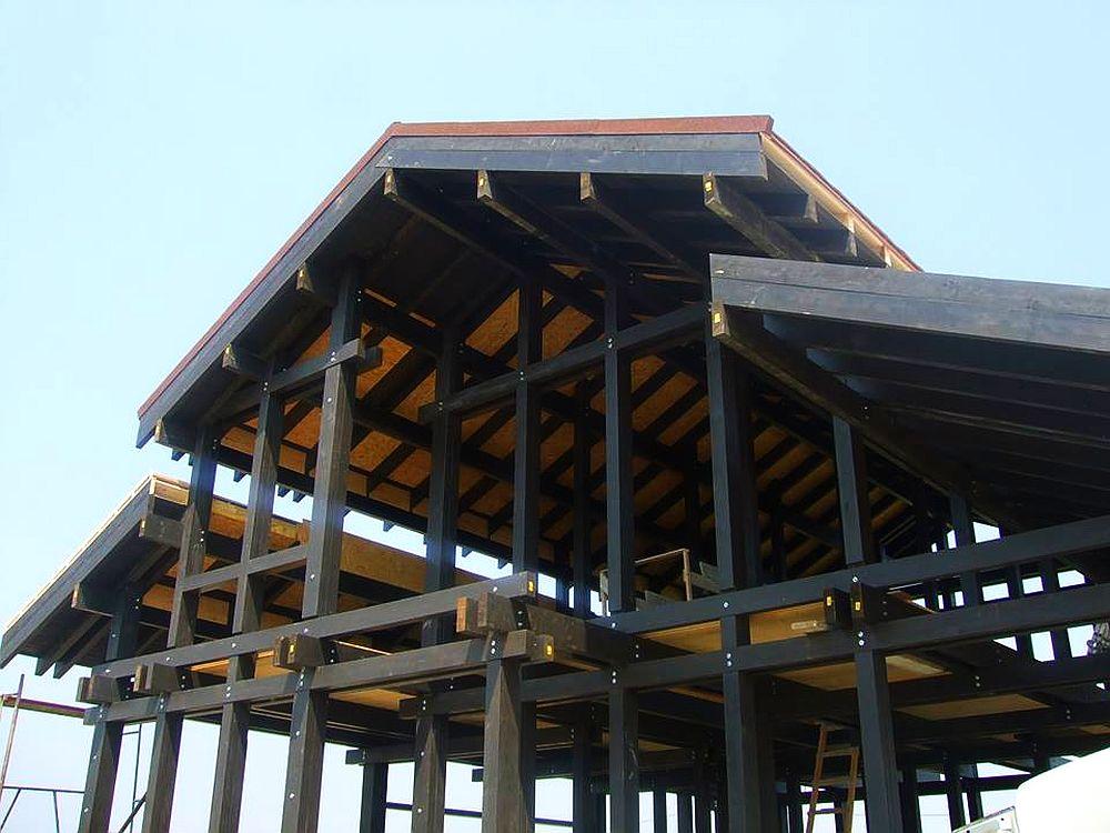 Casa de la Focsani in standiul de constructie