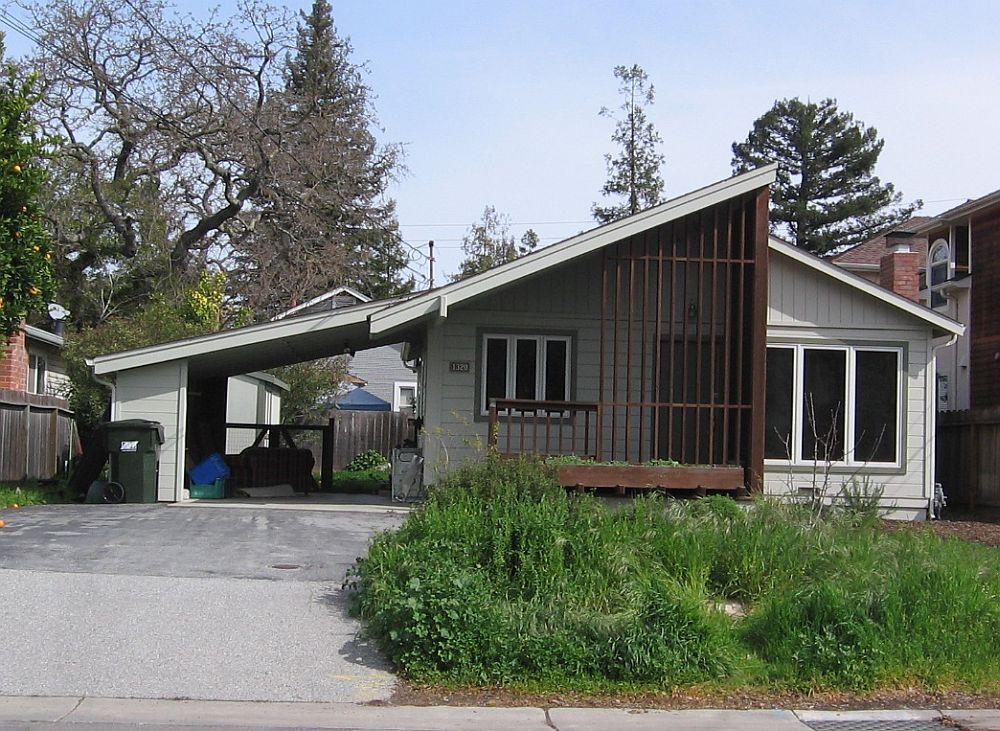 Casa inainte de modernizare