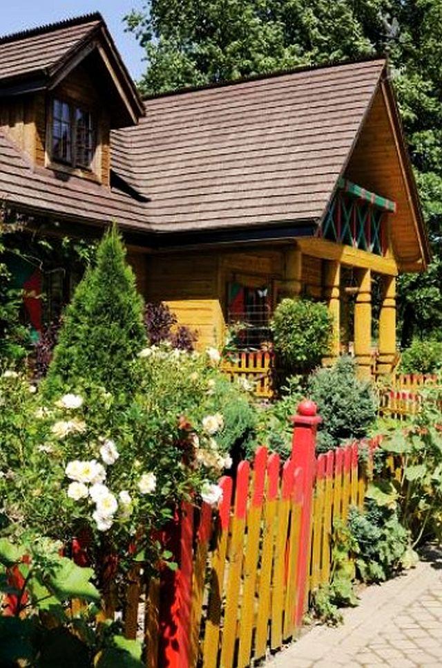 adelaparvu.com despre casa rustica cu gradina, Foto Weranda (3)