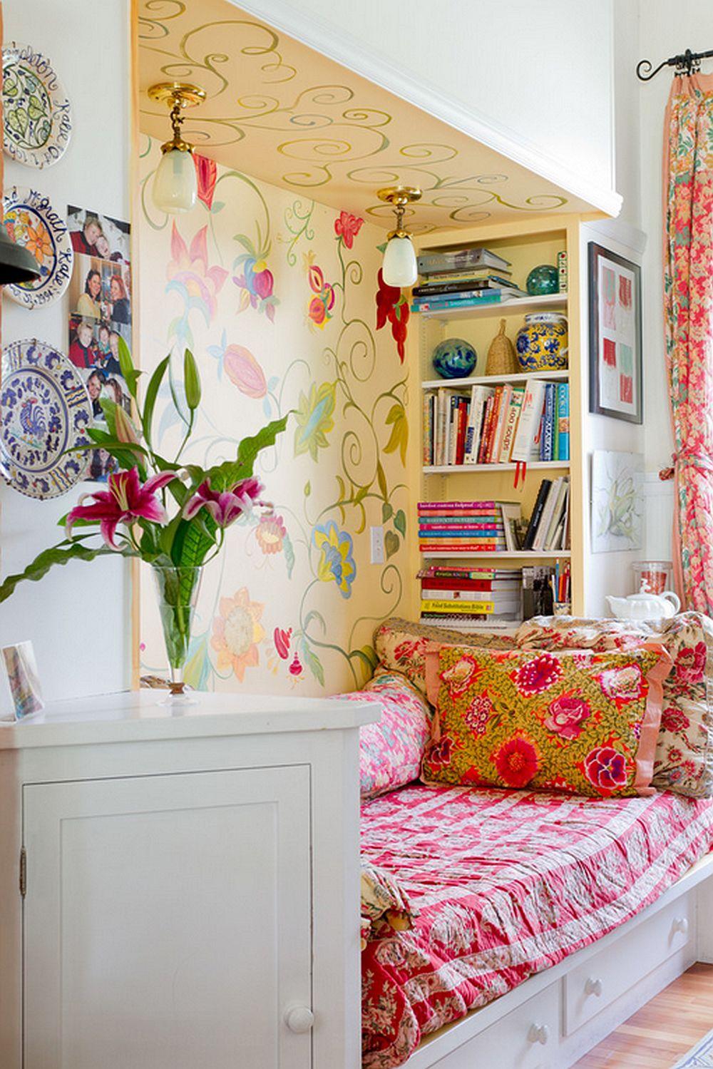 adelaparvu.com despre casa veche de artisti din Boston cu pereti pictati cu flori, Foto Rikki Snyder (4)
