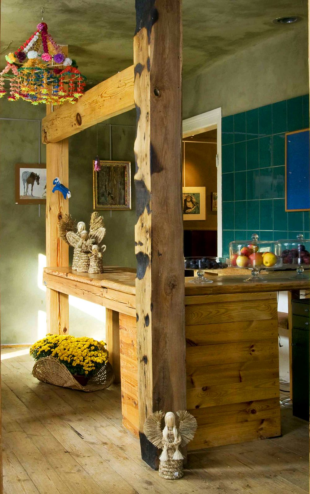 adelaparvu.com despre casa veche din lemn cu galerie de arta la tara, design Julita si Paul Sander, Foto Marek Szymanski (10)