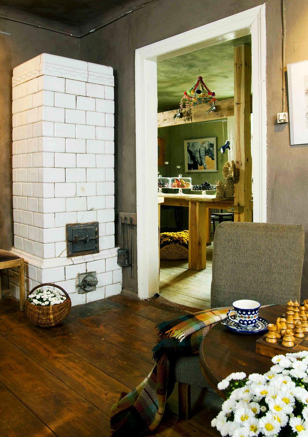 adelaparvu.com despre casa veche din lemn cu galerie de arta la tara, design Julita si Paul Sander, Foto Marek Szymanski (13)