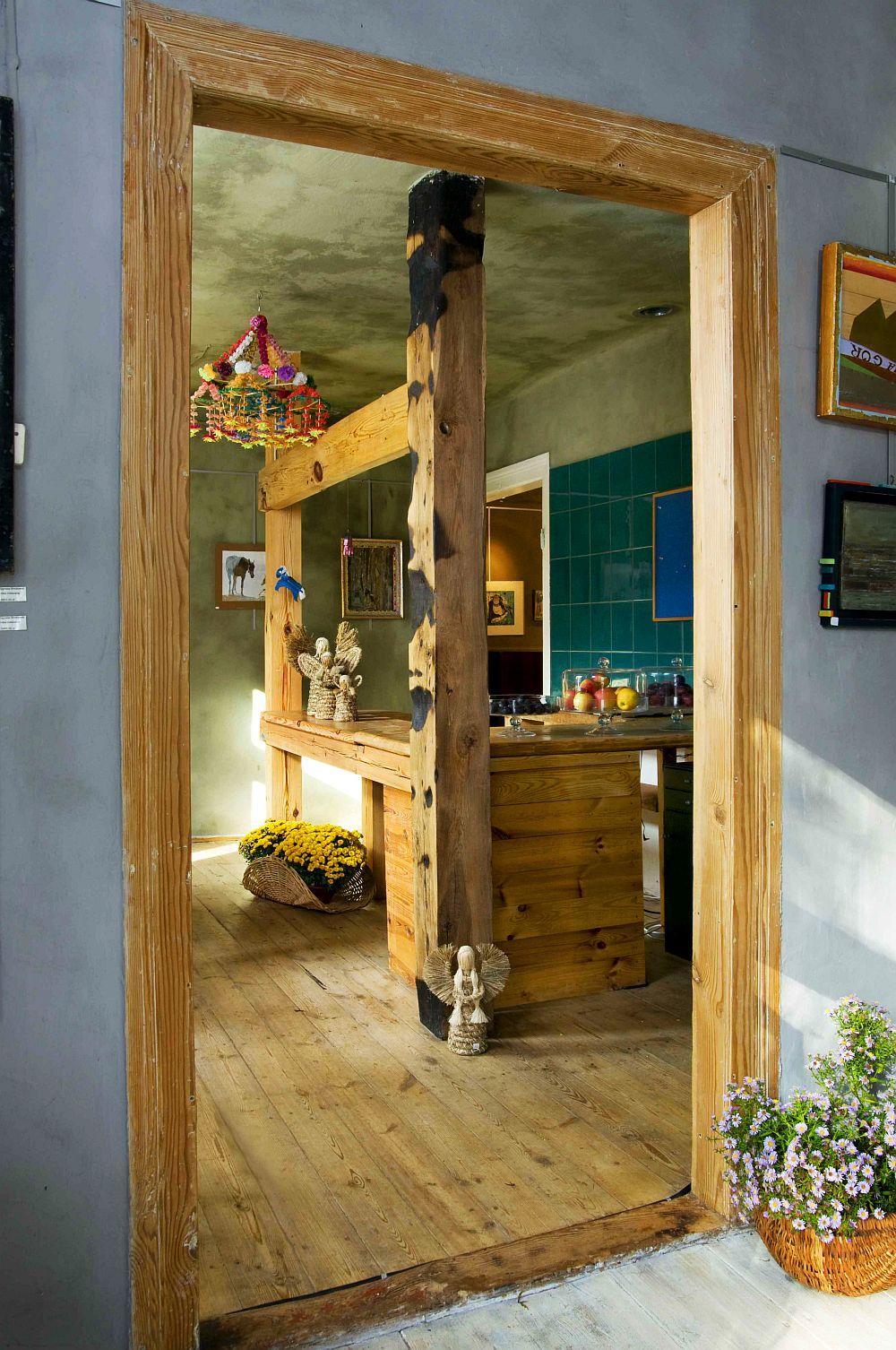 adelaparvu.com despre casa veche din lemn cu galerie de arta la tara, design Julita si Paul Sander, Foto Marek Szymanski (15)