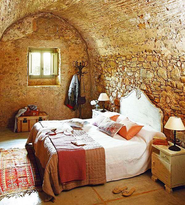 adelaparvu.com despre casa veche renovata cu ziduri de piatra (9)