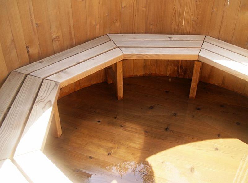 adelaparvu.com despre ciubar din lemn, minispicine sub forma de butoi, Foto Verkauf Gheorgheni (2)