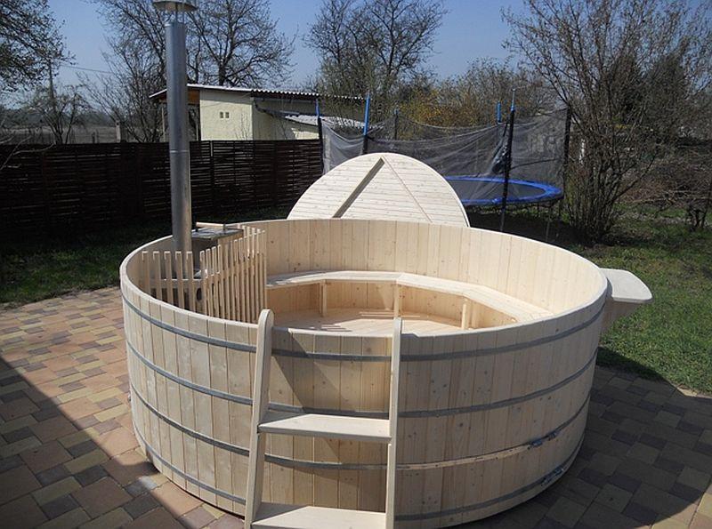 adelaparvu.com despre ciubar din lemn, minispicine sub forma de butoi, Foto Verkauf Gheorgheni (4)