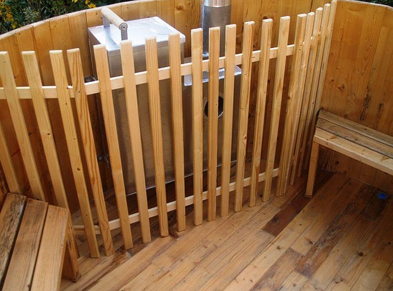 adelaparvu.com despre ciubar din lemn, minispicine sub forma de butoi, Foto Verkauf Gheorgheni (5)