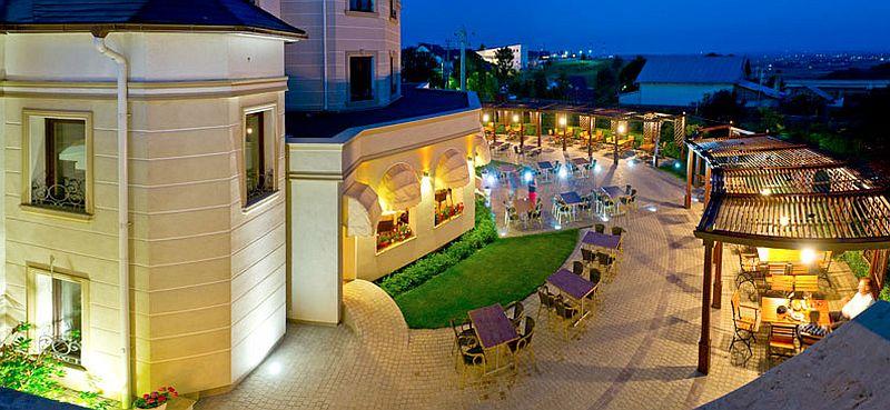 adelaparvu.com despre restaurant Mosaik si Hotel  Sonnenhof Suceava, Foto George Boicu (7)