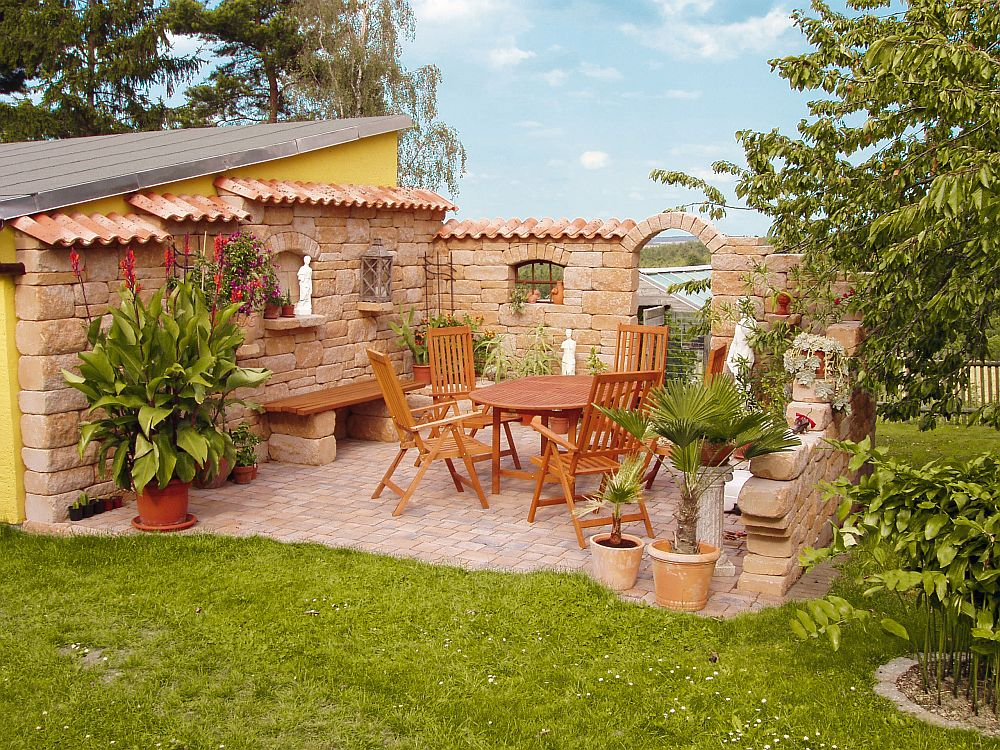 adelaparvu.com materiale de constructie pentru gradini si case in stil mediteranean, Foto Rimini (4)