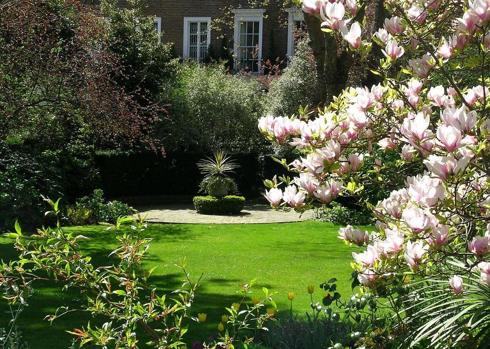 adelaparvu.com despre Magnolia, text Carli Marian (4)