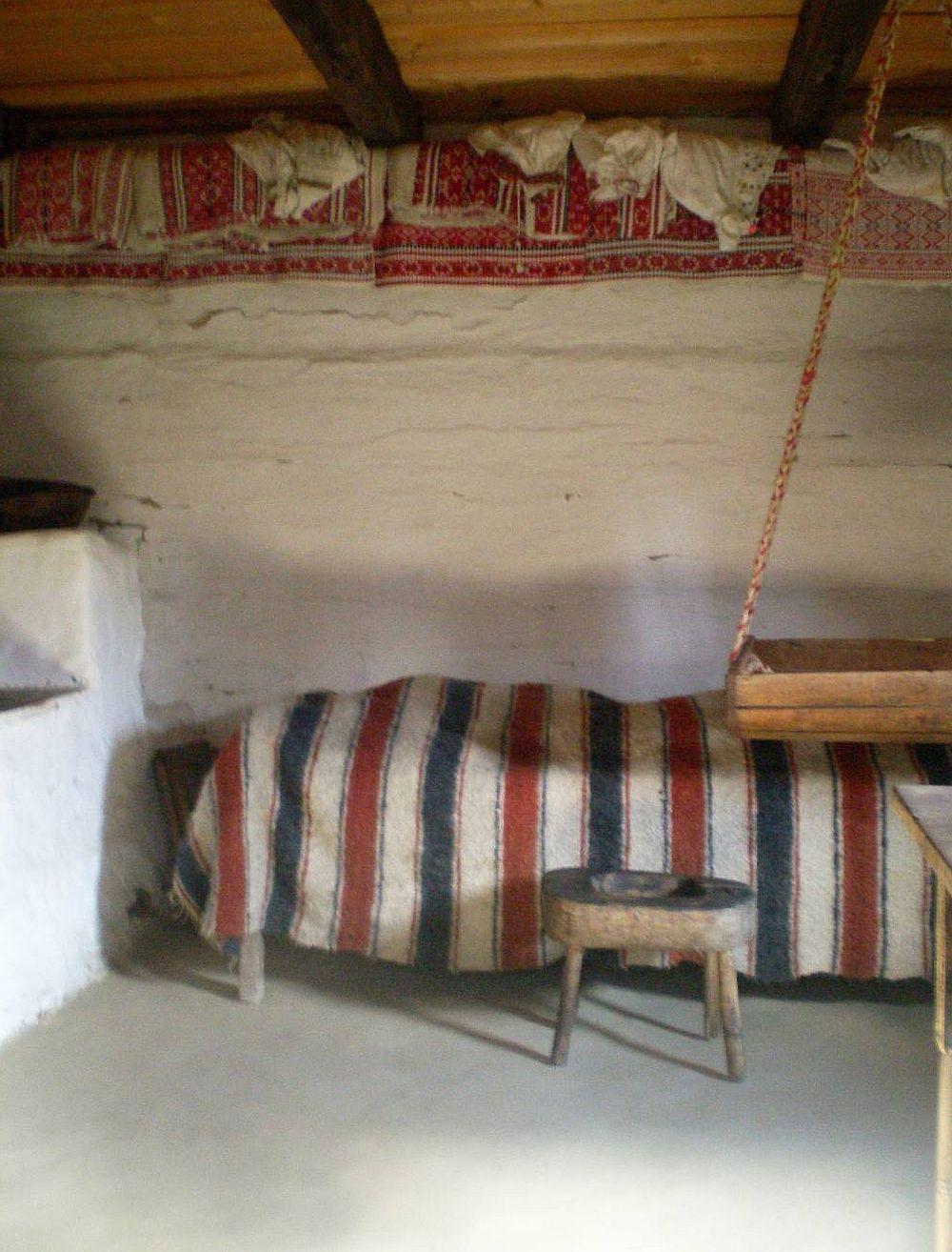 Interior casa maramureseana
