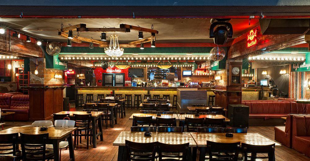 adelaparvu.com despre Old Nick pub Sinaia, designer Radu Savopol, Foto Cristi Iancu (10)