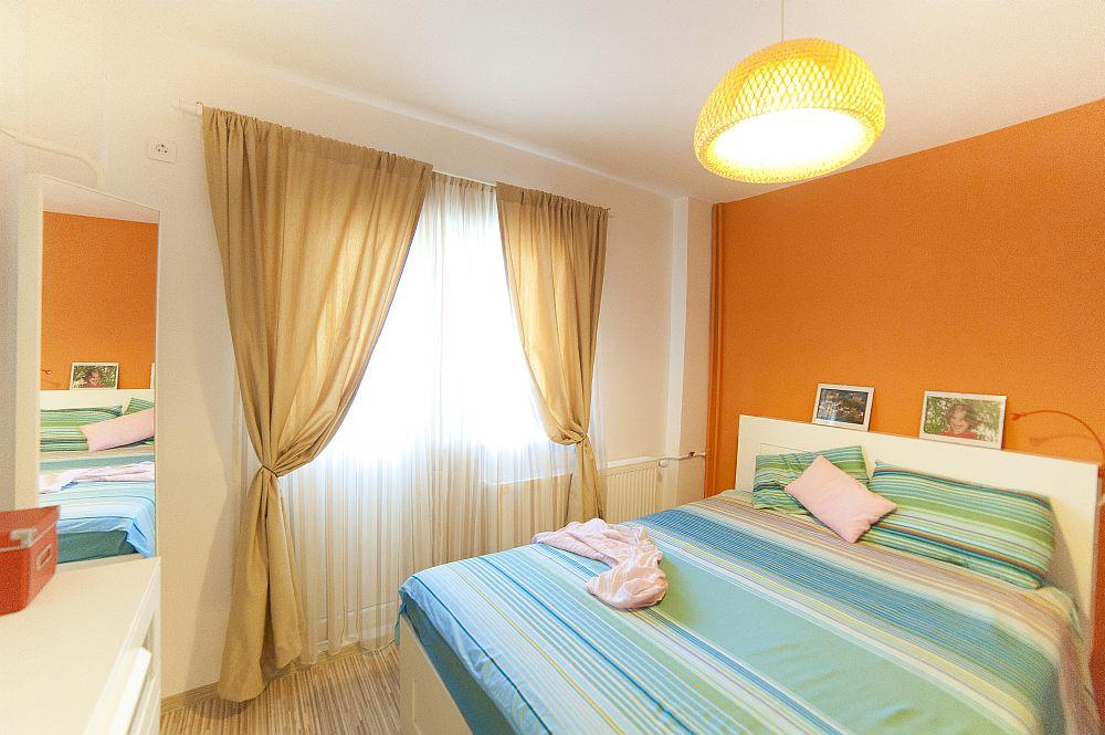 adelaparvu.com despre amenajare colorata intr-un apartament din Bucuresti, designer Aniela Broasca, Foto Dragos Boldea (13)