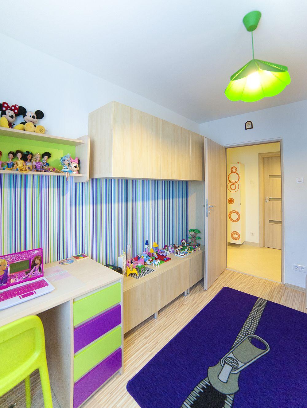 adelaparvu.com despre amenajare colorata intr-un apartament din Bucuresti, designer Aniela Broasca, Foto Dragos Boldea (18)
