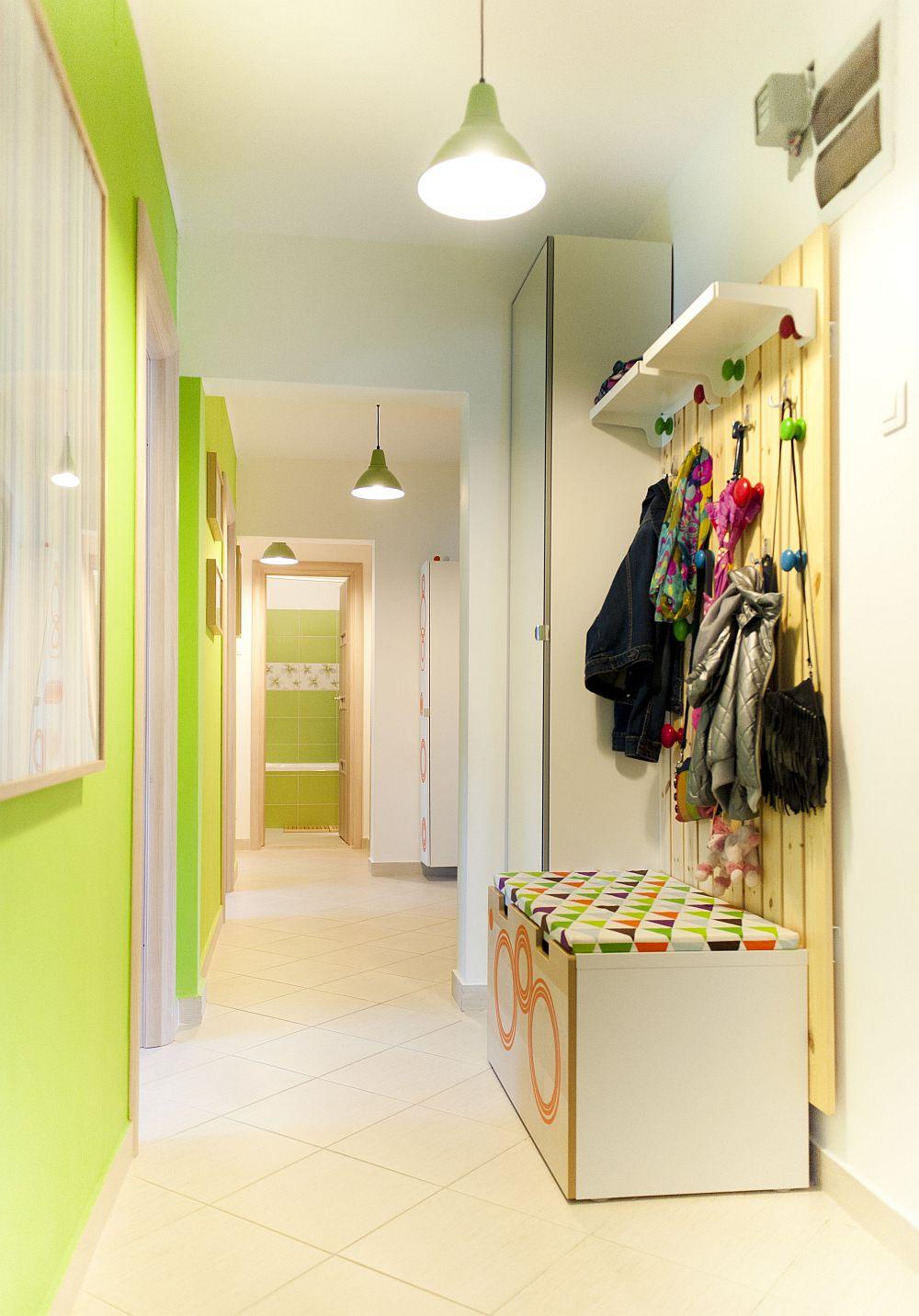 adelaparvu.com despre amenajare colorata intr-un apartament din Bucuresti, designer Aniela Broasca, Foto Dragos Boldea (2)