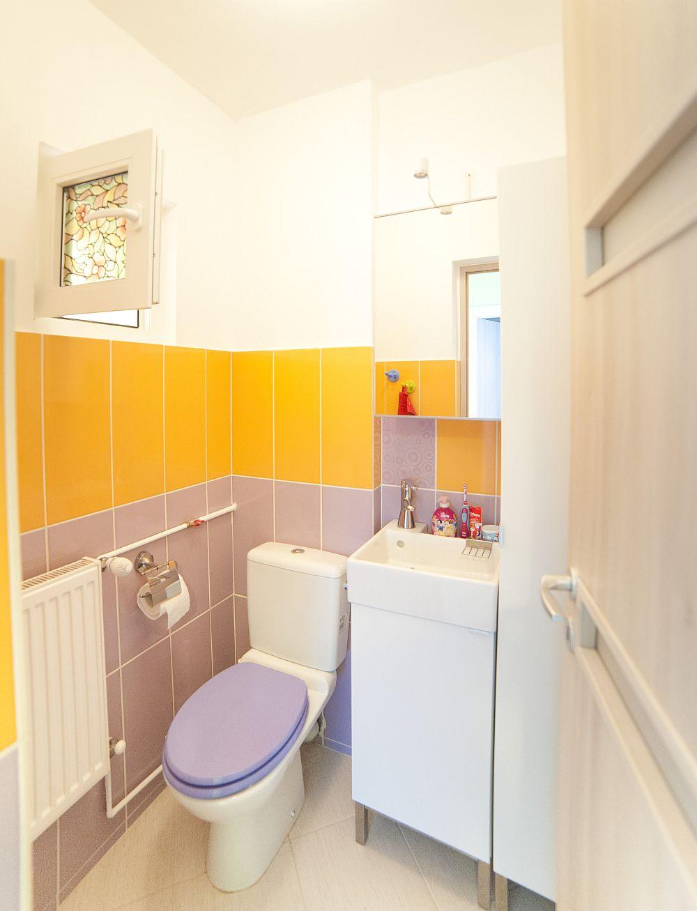 adelaparvu.com despre amenajare colorata intr-un apartament din Bucuresti, designer Aniela Broasca, Foto Dragos Boldea (26)