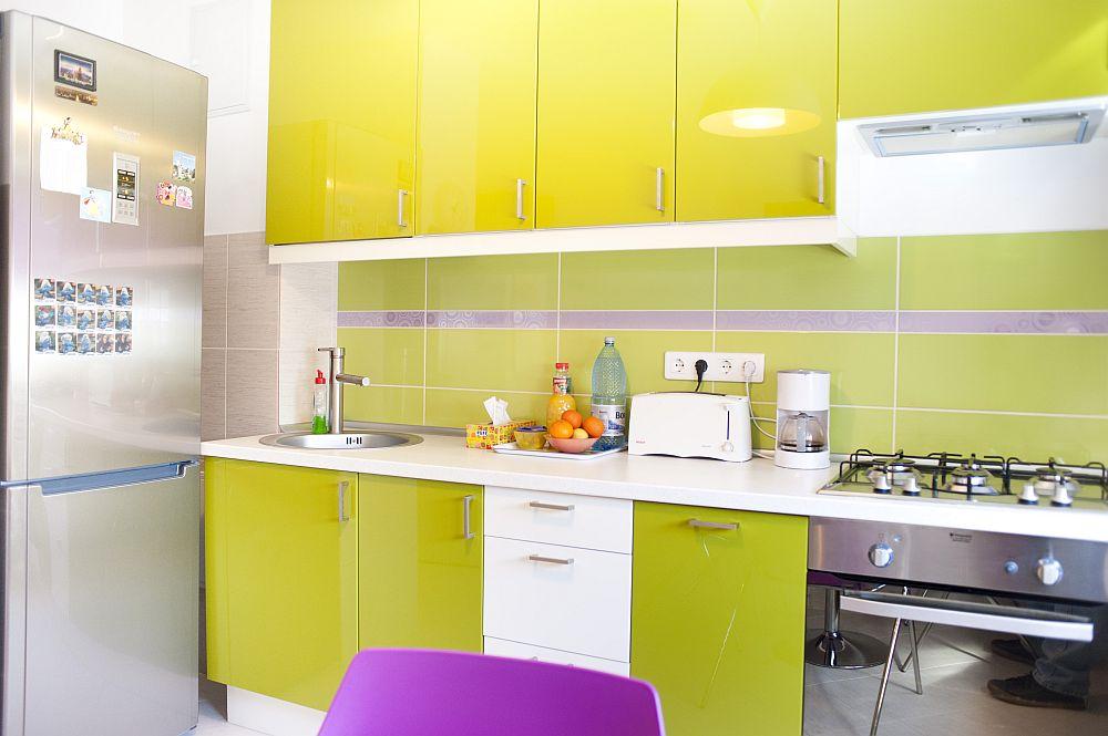 adelaparvu.com despre amenajare colorata intr-un apartament din Bucuresti, designer Aniela Broasca, Foto Dragos Boldea (5)