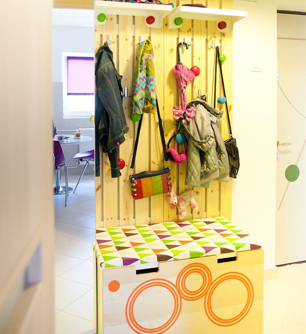 adelaparvu.com despre amenajare colorata intr-un apartament din Bucuresti, designer Aniela Broasca, Foto Dragos Boldea (9)