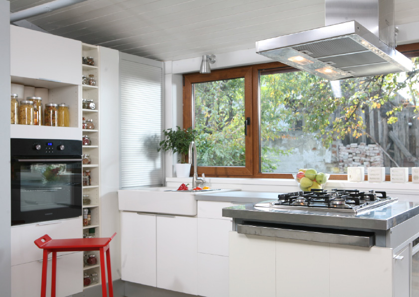 adelaparvu.com despre casa cu gradina in stil romantic, casa Bucuresti, designer Mugur Kreiss (14)
