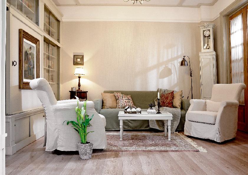 adelaparvu.com despre casa cu gradina in stil romantic, casa Bucuresti, designer Mugur Kreiss (6)