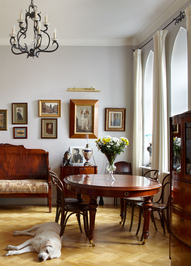 adelaparvu.com despre casa de artist Anna Sokolova, apartament in galben si albastru, locuinta in stil francez (11)