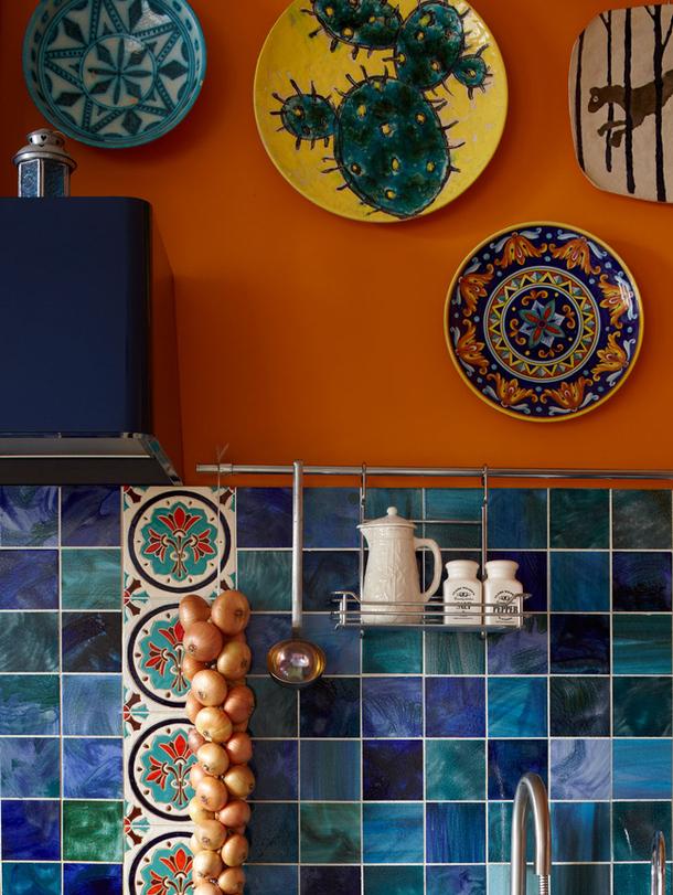 adelaparvu.com despre casa de artist Anna Sokolova, apartament in galben si albastru, locuinta in stil francez (7)