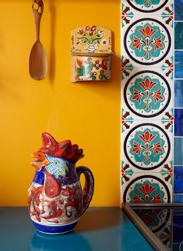 adelaparvu.com despre casa de artist Anna Sokolova, apartament in galben si albastru, locuinta in stil francez (9)