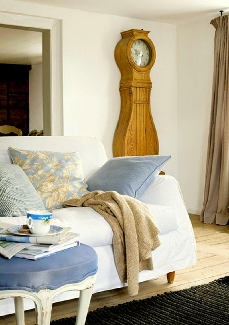 adelaparvu.com despre casa din lemn bavareza cu interior in stil provensal, Foto Red Cover, Christine Bauer (10)