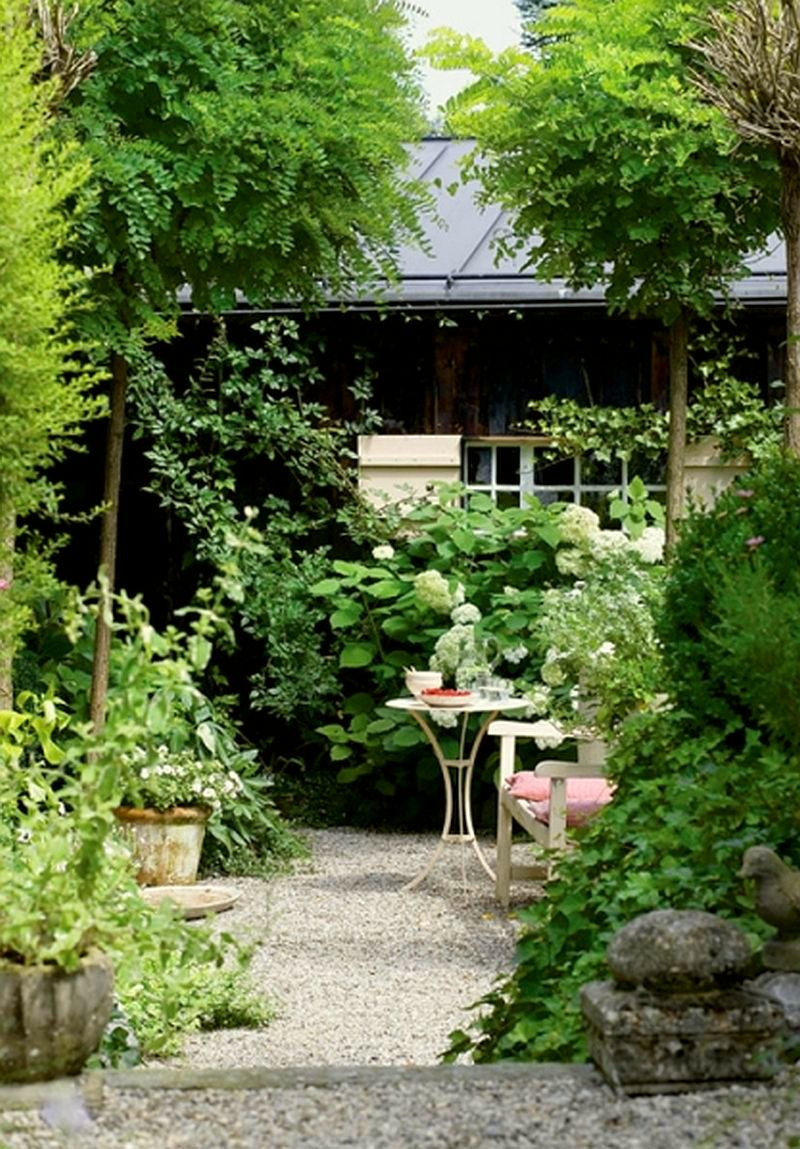 adelaparvu.com despre casa din lemn bavareza cu interior in stil provensal, Foto Red Cover, Christine Bauer (4)