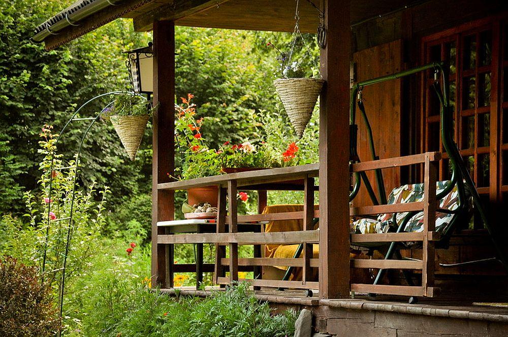 adelaparvu.com despre casa rustica cu gradina langa Piatra Neamt, peisaj de vara, Foto Romulus Boicu  (13)