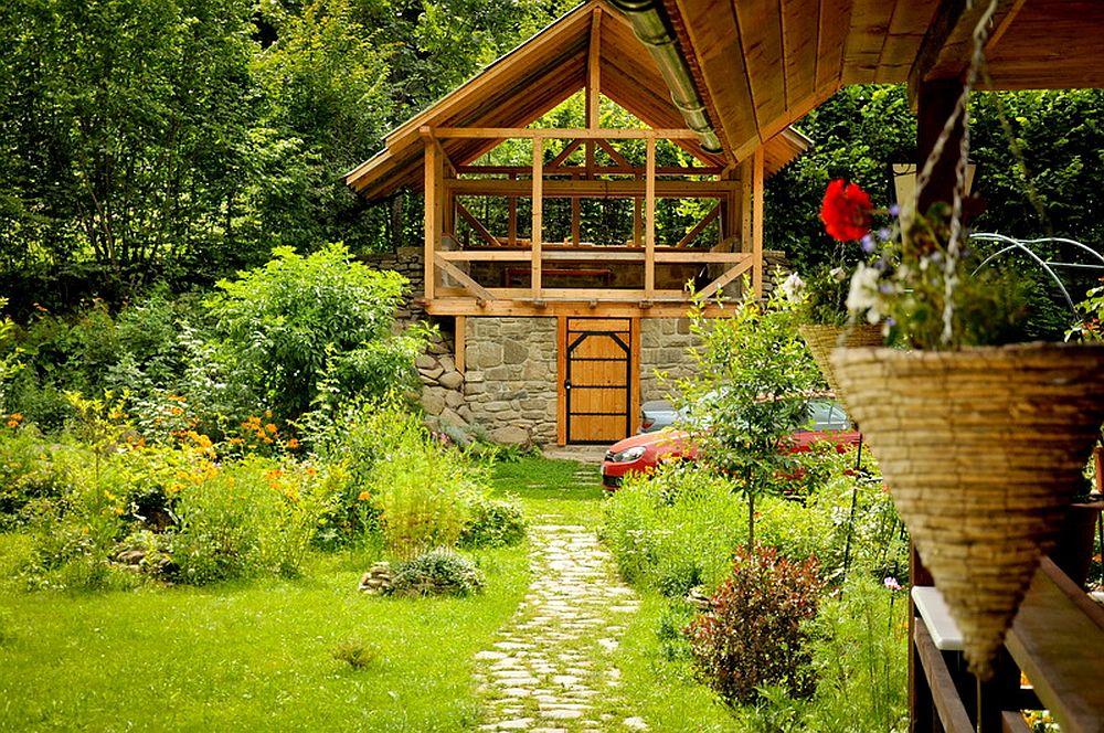 adelaparvu.com despre casa rustica cu gradina langa Piatra Neamt, peisaj de vara, Foto Romulus Boicu  (8)