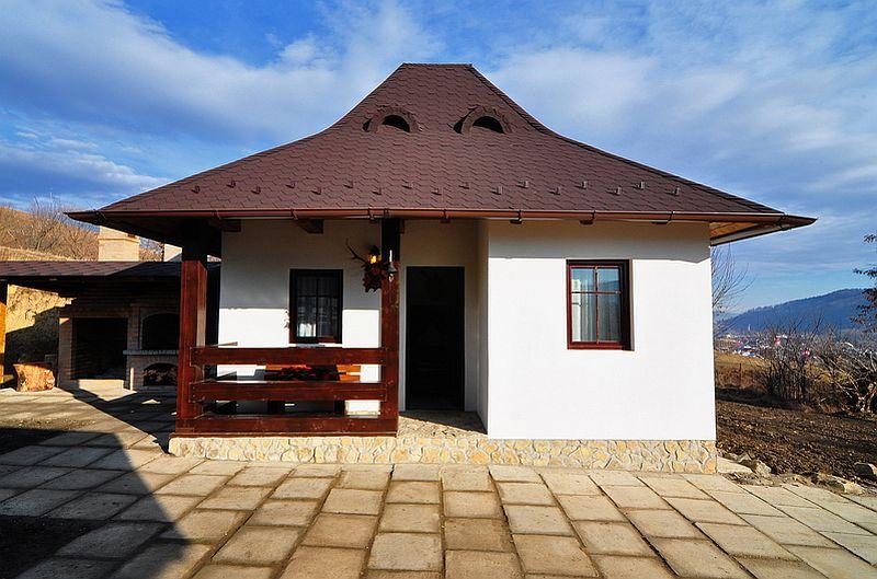 adelaparvu.com despre casa taraneasca Bucovina, casa traditional romaneasca, pensiunea Casa Humor, Foto George Boicu (5)