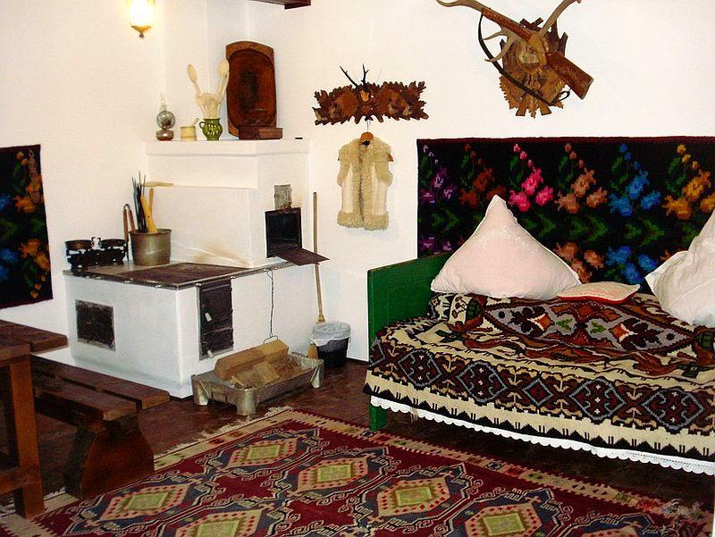 adelaparvu.com despre casa taraneasca Bucovina, casa traditional romaneasca, pensiunea Casa Humor, Foto George Boicu (6)