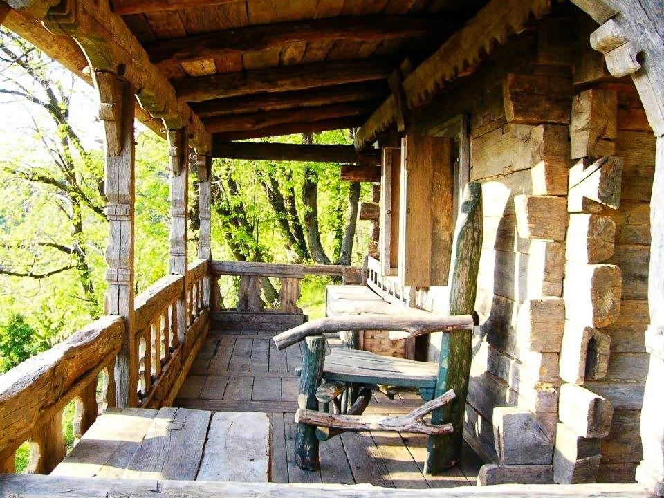 adelaparvu.com despre case din lemn vechi, mester Danut Hotea, case rustice din lemn (13)