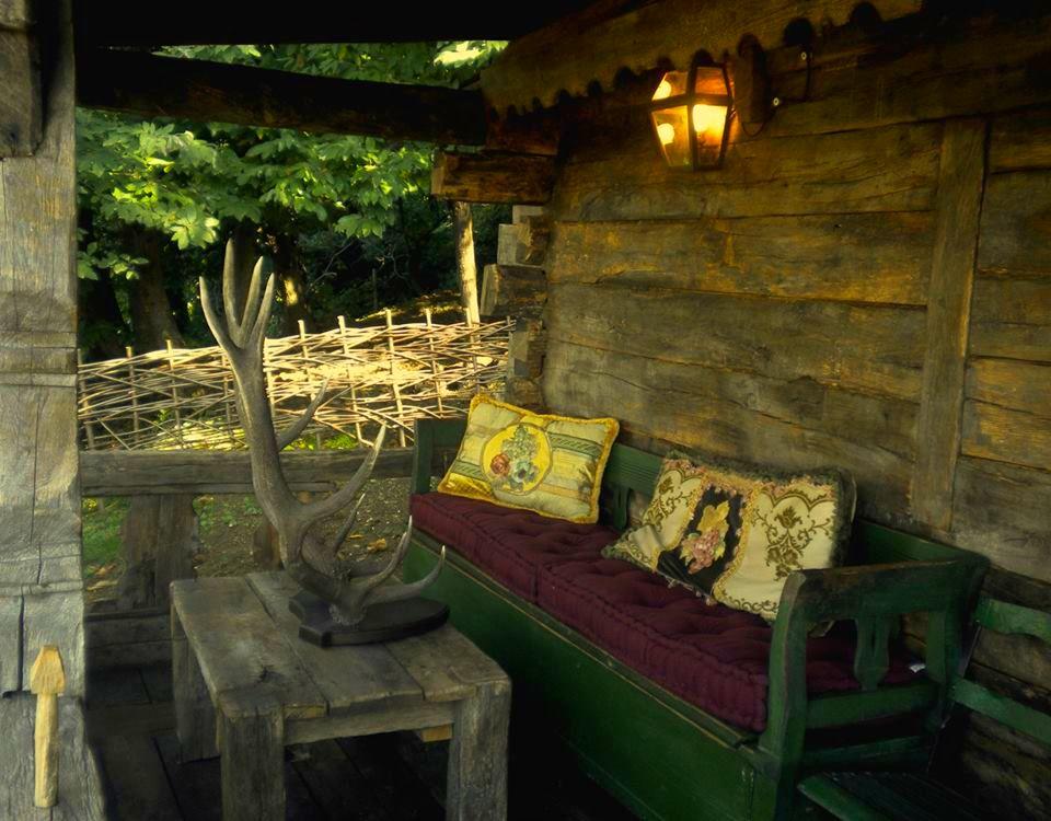 adelaparvu.com despre case din lemn vechi, mester Danut Hotea, case rustice din lemn (22)