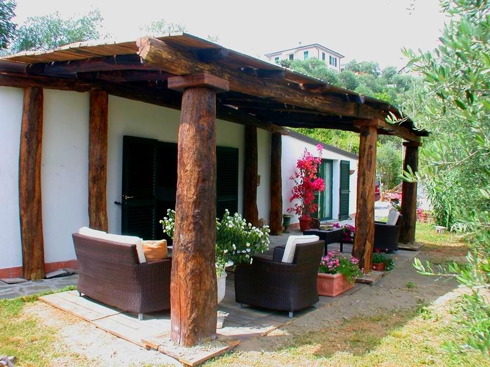 adelaparvu.com despre case din lemn vechi, mester Danut Hotea, case rustice din lemn (3)