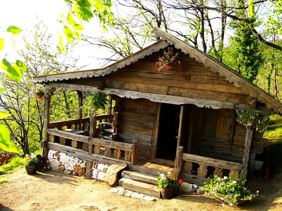 adelaparvu.com despre case din lemn vechi, mester Danut Hotea, case rustice din lemn (34)