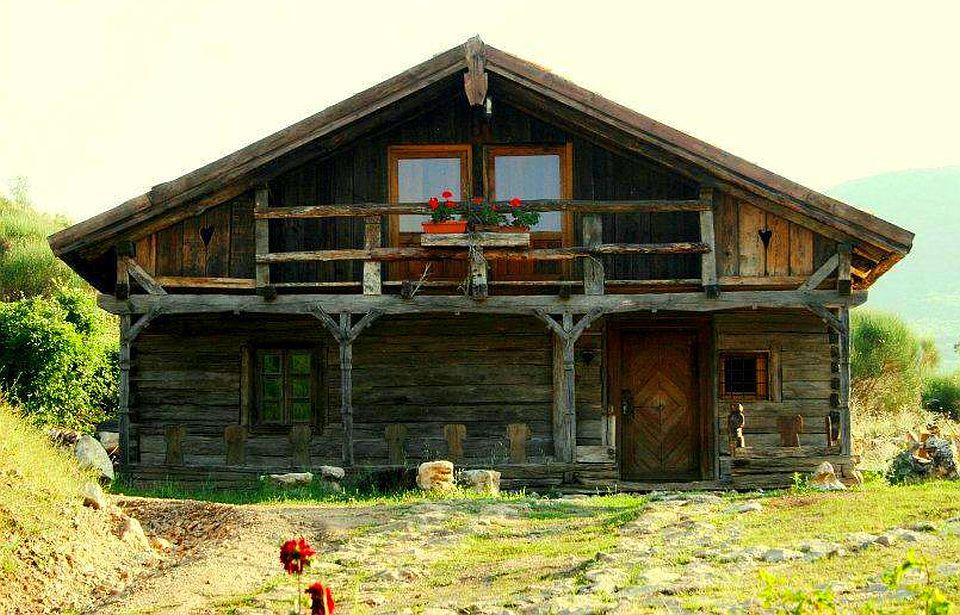 adelaparvu.com despre case din lemn vechi, mester Danut Hotea, case rustice din lemn (36)