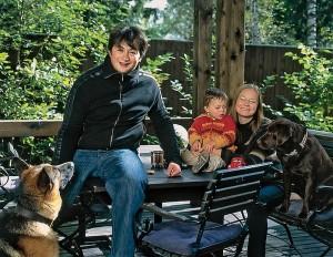 Proprietarul Konstantin Medvedkin si familia sa