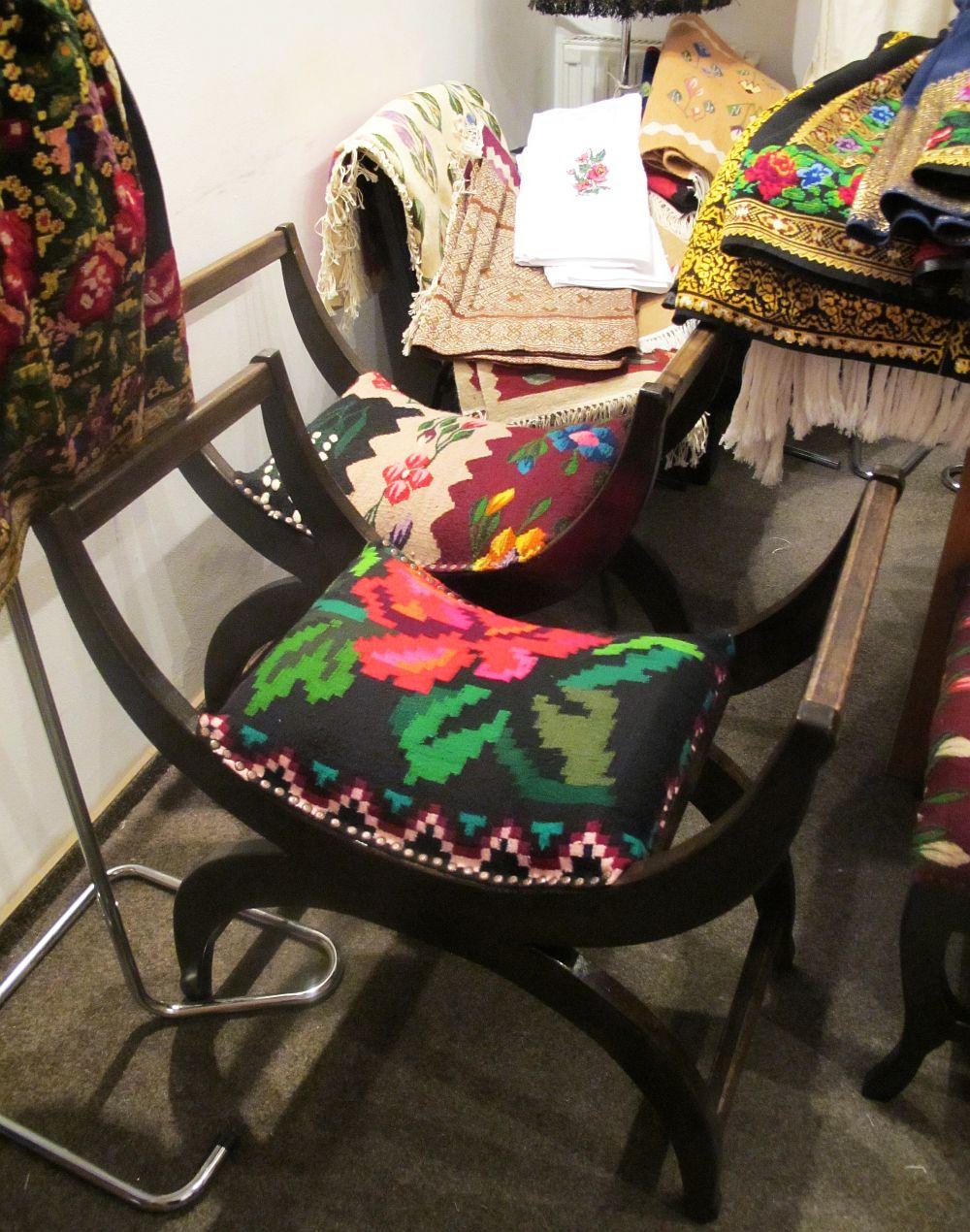 adelaparvu.com despre covoare traditionale si mobila traditionala romaneasca Iiana (6)