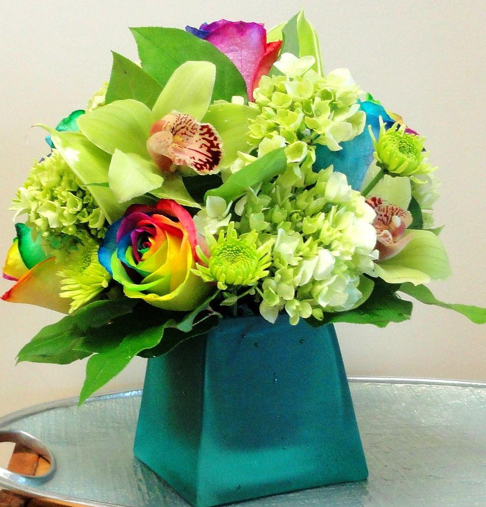 adelaparvu.com despre inventatorul Peter van de Werken, trandafiri curcubeu, flori curcubeu, Rainbowed Roses (13)
