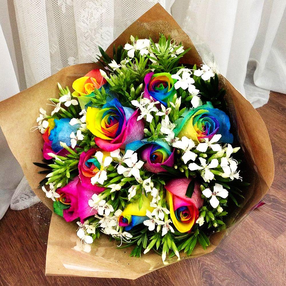 adelaparvu.com despre inventatorul Peter van de Werken, trandafiri curcubeu, flori curcubeu, Rainbowed Roses (6)